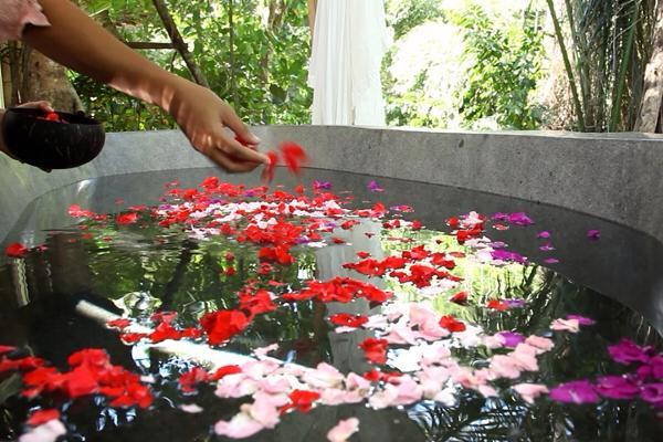 Sensasi spiritual Spa Fiveelements,Puri Ahimsa
