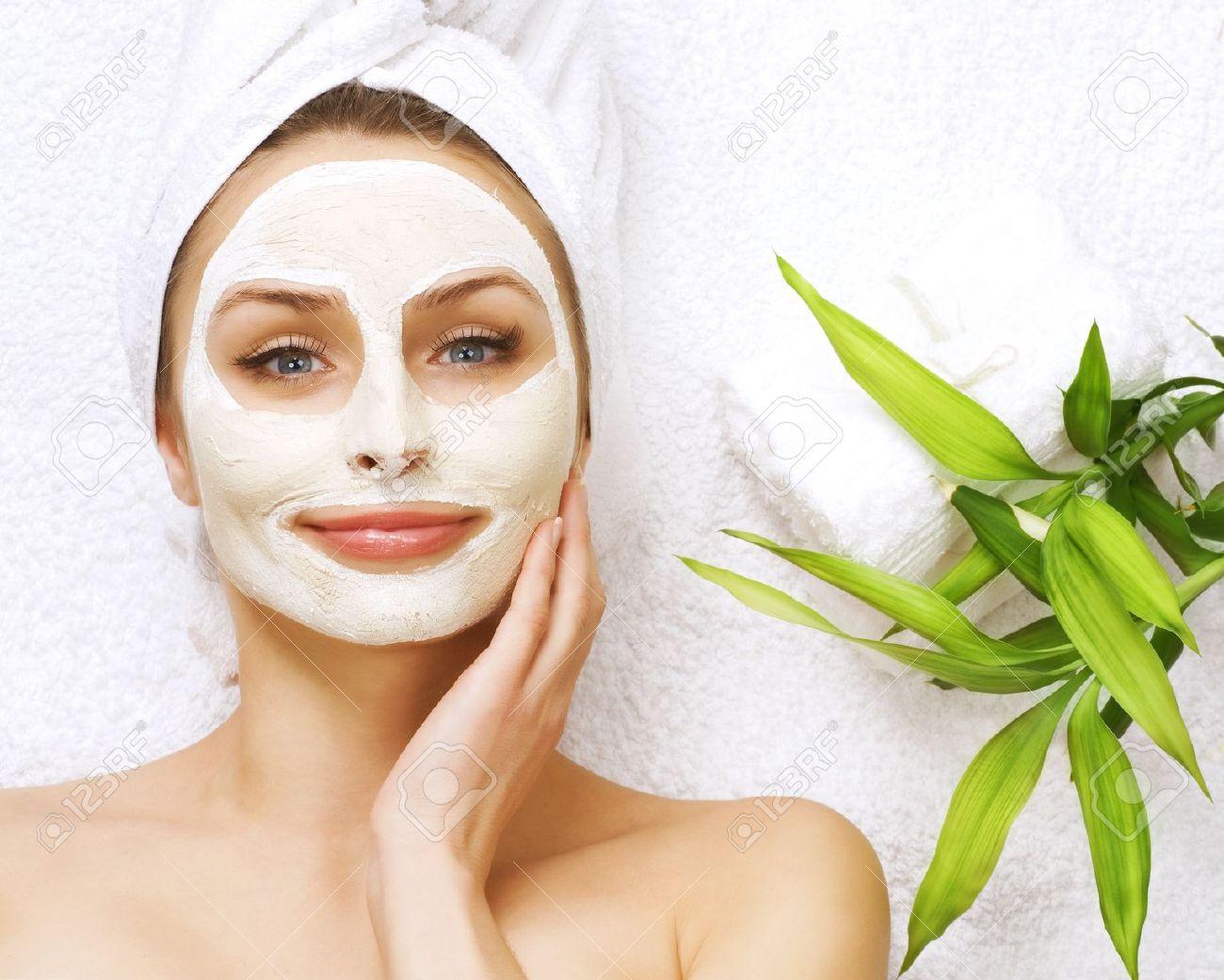 Perawatan Wajah Facial Dan Manfaatnya