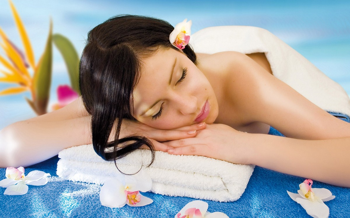 Lowongan Spa Therapist DW White Rose Hotel Kuta Resort Villas & Spa dan The Lokha Legian Resort & Spa