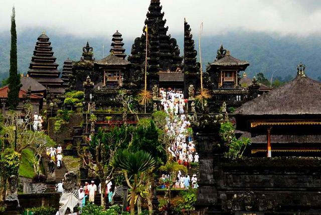 Wisata Alam di Karangasem-Bali