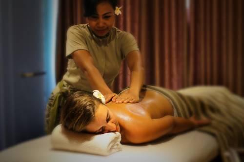 Lowongan Spa Therapist Wanita DW Pandawa All Suite Hotel