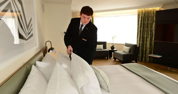 Lowongan House Keeping Pria Hotel Qatar