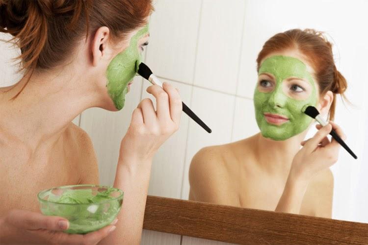 Perawatan Yang Efektif Untuk Wajah Berjerawat